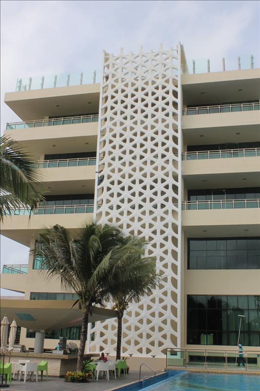 Hotel El Dorado Generations