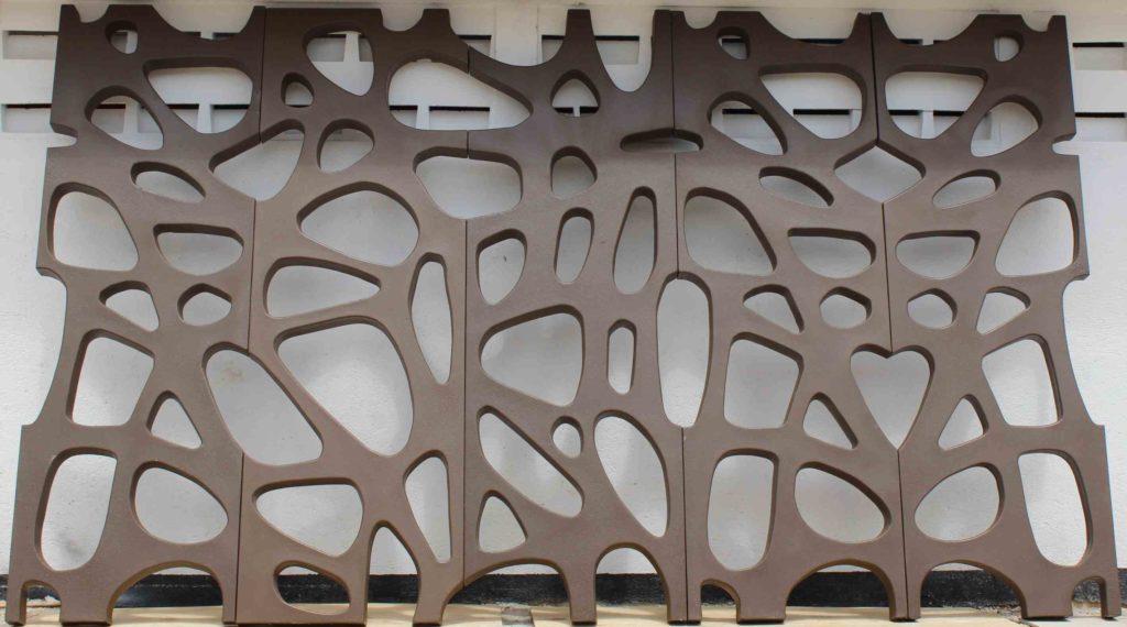 Celos as taller de prefabricados for Celosias en madera